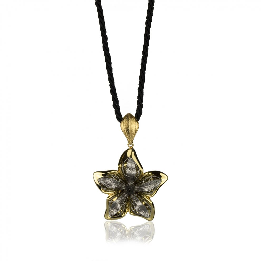 Butterfly Necklace in Yellow and Burnished Gold 18k Large Size